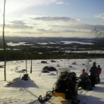 På väg upp på toppen av Målingsberget