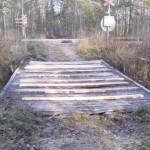 Bron vid järnvägs övergången bakom Däckab har fått en provisorisk lagning inför kommande säsong